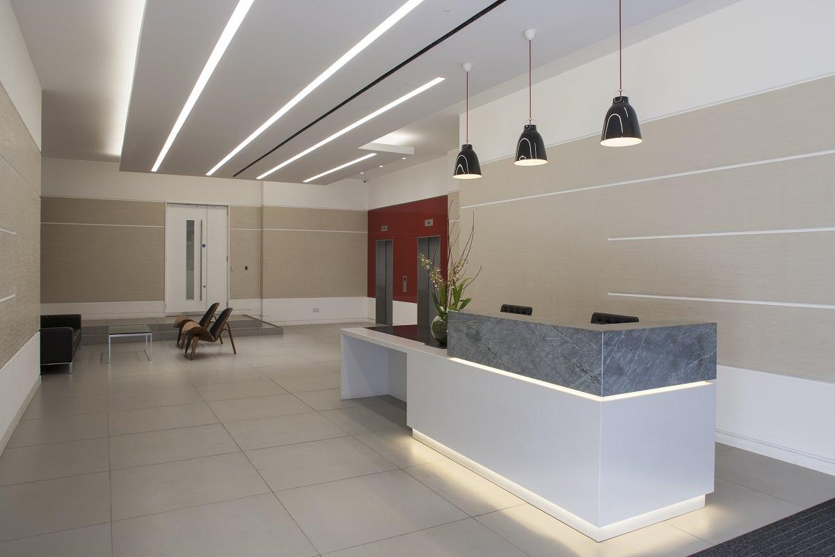 corian-and-stone-reception-desk_001